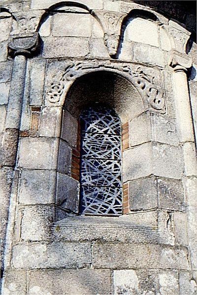 400px-Lemkirkex03Apsisvindue Hideko Bondesen Nordens Kirker